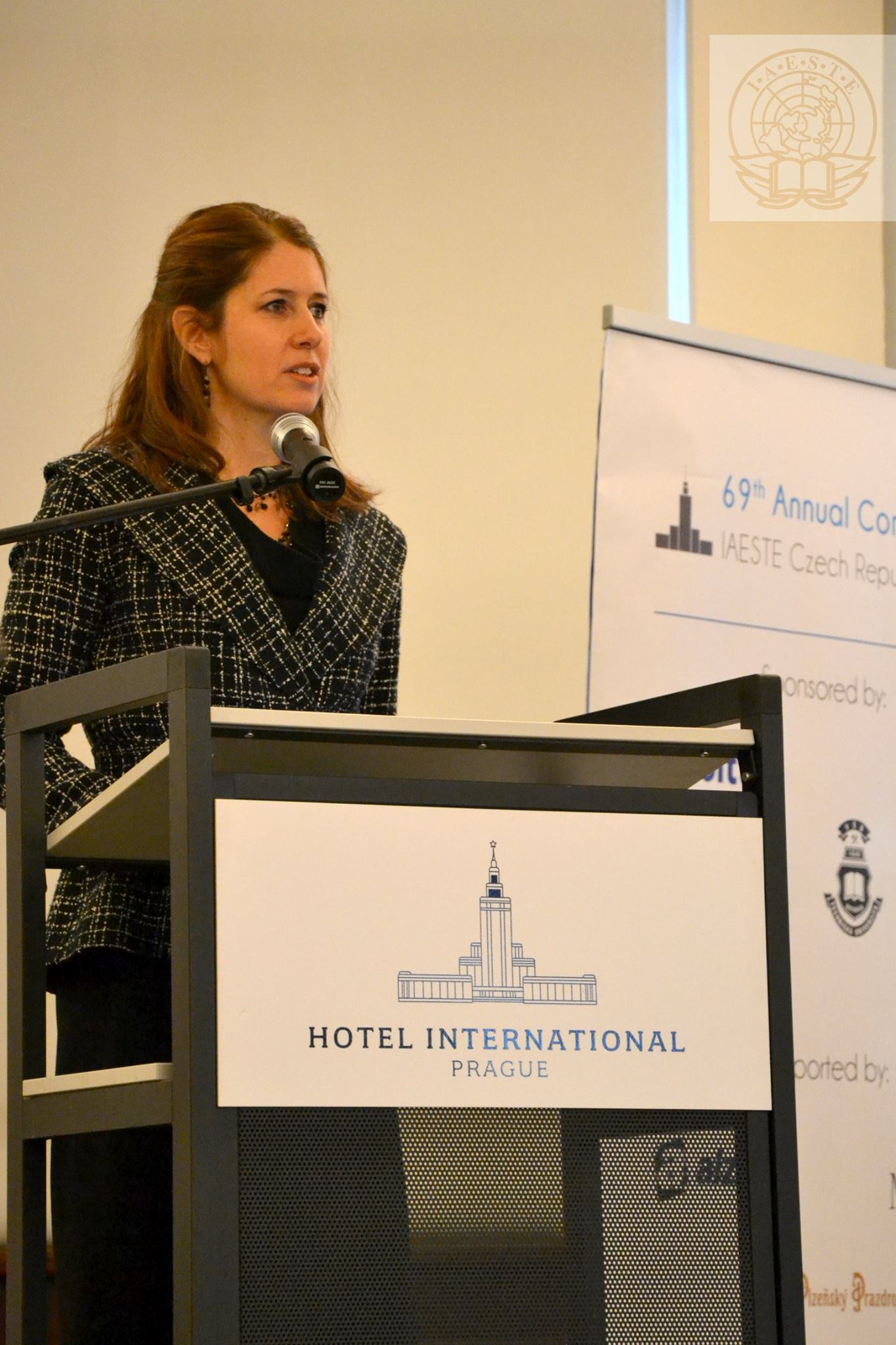 Robin Lerner speaks at the 69th annual IAESTE Conference in Prague.